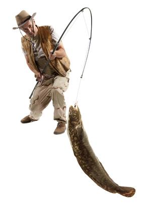 Рыбак с налимом
