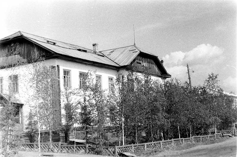 Административное здание игарской тюрьмы.